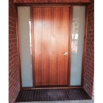 Front-entry-door-way-created-for-wheel-chair-access.jpg